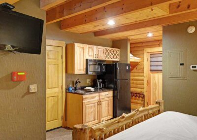 Cabin 45L - Kitchen