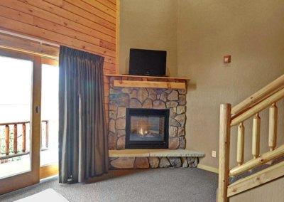 Cabin 50L - Fireplace