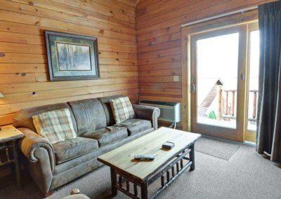 Cabin 50L - Living Area